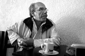 Un café con Carlos María Domínguez